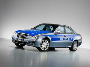 mercedes-benz-e-300-bluetec_01